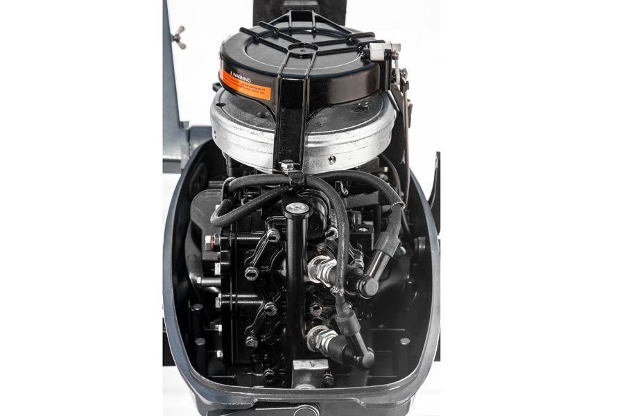почему такие дорогие лодочные моторы