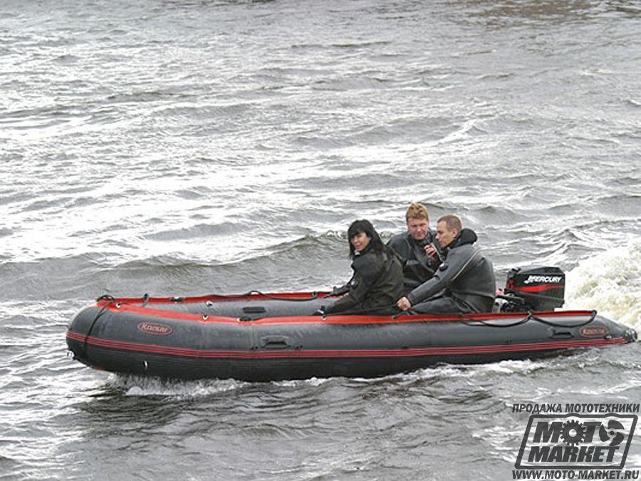 лодка для путешествий под мотором